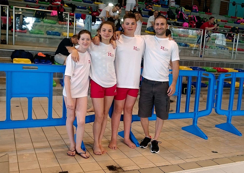 Trois nageurs au meeting national de clermont ferrand for Centre atlantis ugine